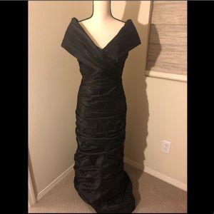 Teri Jon black gown. Size 6.